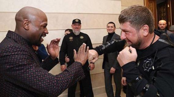 Boxer Floyd Mayweather Befriends Anti-Gay Murdering Chechnya Leader Ramzan Kadyrov - Video