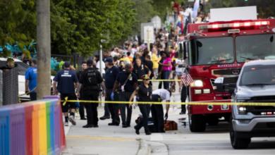 1 Dead, 1 Seriously Injured As Car Slams Into Wilton Manor's Pride Parade